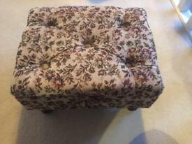 Vintage craft/sowing box