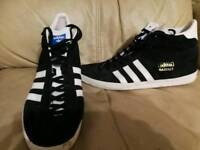 Adidas trainers adult size 9.