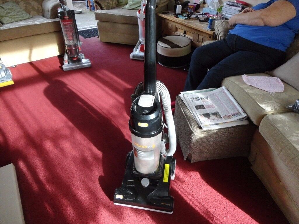 black vax vx 2 power nice clean hoover 2000 w and working