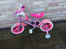 Girls bike with removable stabilisers (10 inch wheels)