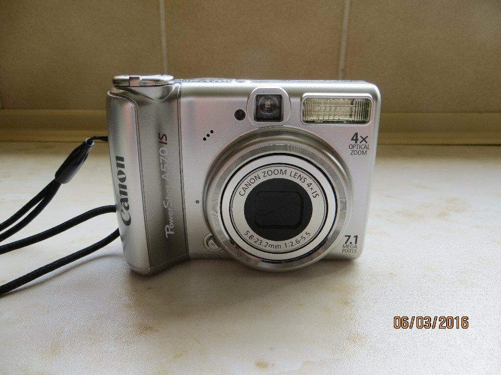 Canon PowerShot A570 IS Digital Camera