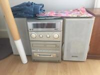 Panasonic hifi system with two speakers