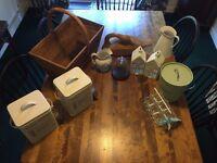 Various Decorative and Kitchen Items (Job Lot)