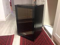 Baumatic BW28BL Wine Cooler Black New/Used