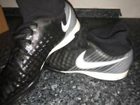 Size 7 Nike magista sock Football boots