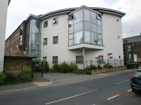 Modern and stylish unfurnished 2-bedroom flat in central Morley, Available for immediate occupation.