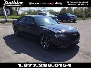 2016 Chrysler 300 S | LEATHER | SUNROOF | UCONNECT |