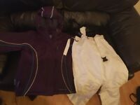 Junior Girls Ski / Snowboarding Jacket and Trousers 11/12