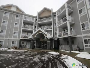$215,000 - Condominium for sale in Edmonton - West