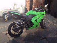 Kawasaki Ninja 250R Motorbike - Low Mileage / Leo Vince Exhaust