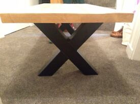 Coffee table, brand new never used.