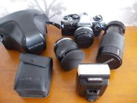 OLYMPUS OM10 35mm SLR Camera Outfit