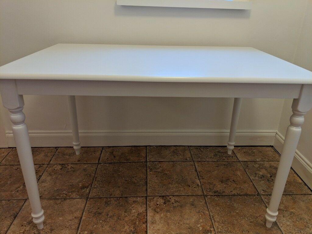 White Cottage Style Dining Table
