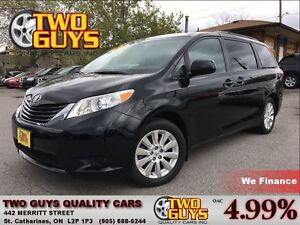 2015 Toyota Sienna LE AWD NICE LOCAL TRADE IN