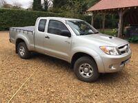 (07) Toyota Hilux 2.4 D-4D Extra Cab Pickup 75K 12 Month MOT