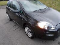 FIAT PUNTO 1.2 POP 3d 69 BHP (black) 2012