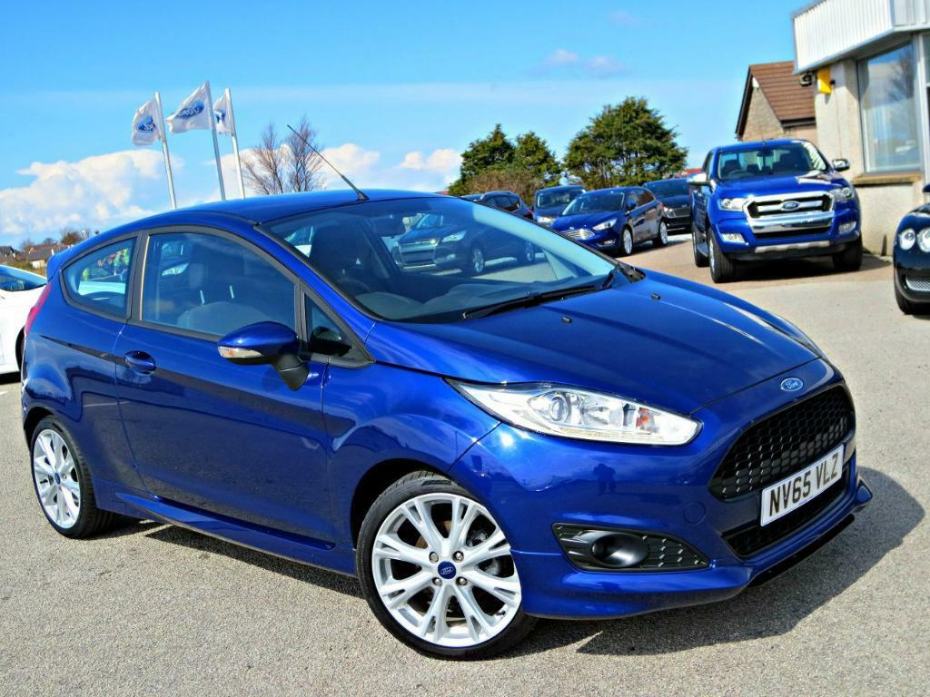 ford fiesta 1 0 ecoboost 125 zetec s 3dr deep impact blue 2015 in buckie moray gumtree. Black Bedroom Furniture Sets. Home Design Ideas