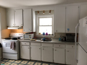 Bedroom For Rent - Walking Distance to SLC