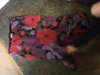 Karen Millen floral skirt 8