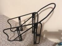 Bicycle front pannier rack
