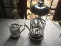Metal decorative cafetière and mug