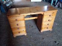 lovely modern pine desk