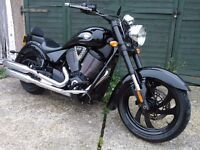 2008 VICTORY KINGPIN 8 BALL 1643cc - BLACK EDITION.