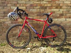 Men's road bike - brand new with all the equipment