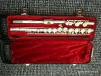 Flute Yamaha 211 s