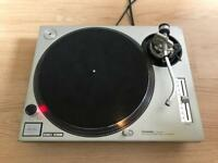Technics 1200 MK2 Turntable/Deck in Great Condition!