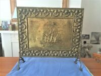 LOVELY BRASS/WOOD SHIP DESIGN FIRE GUARD