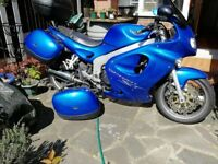 Truimph ST 955i blue with panniers and top box