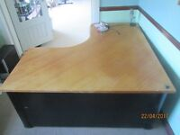 Smart large desk and two side drawer units