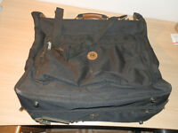 Carlton Canvas Overnight Suit bag in black