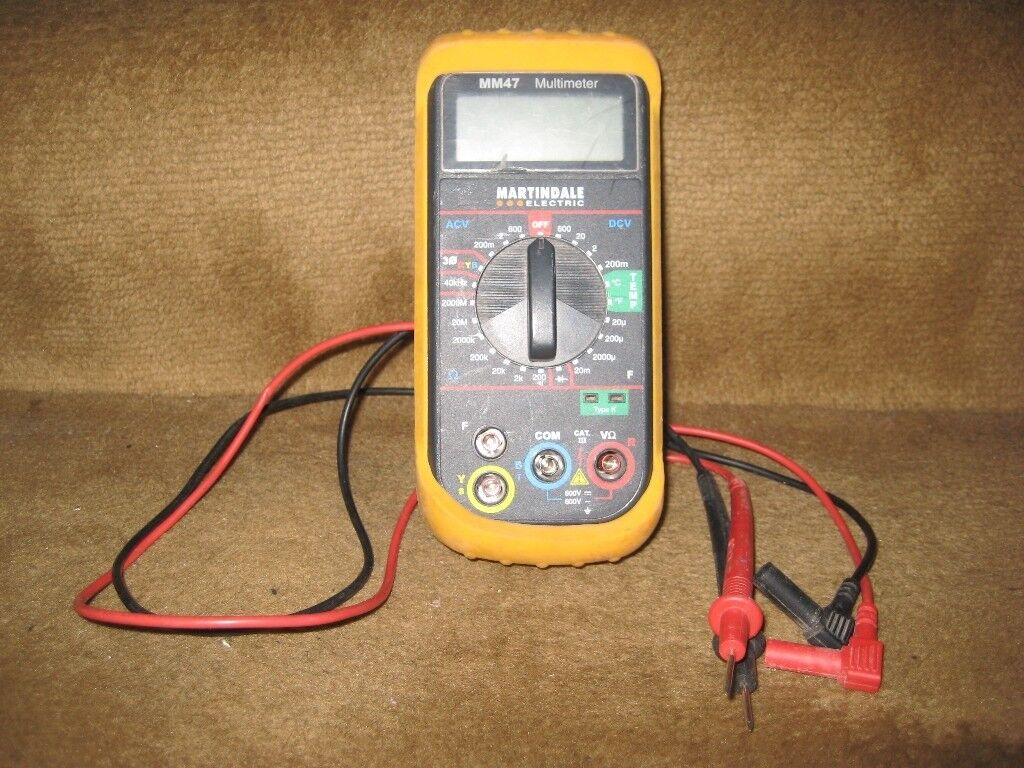 Martindale MM47 - Manual Ranging, Audible, LCD Phase Rotation Multimeter With Test Leads