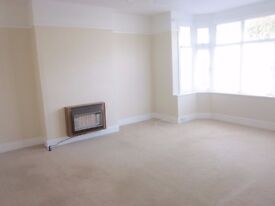 Huge Three bedroom, two reception house to rent in Shirley, Croydon £1695
