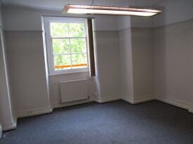 SEMI-SERVICED OFFICE to rent on Whiteladies, Bristol