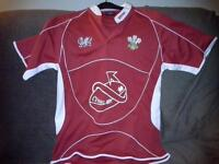 Welsh Rugby top size medium