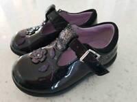 Clarks shoes black size 4 1/2