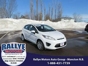 2013 Ford Fiesta SE! ONLY 64K! Heated! Trade-In! Save!