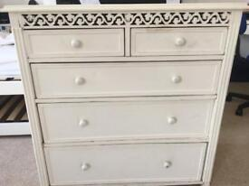 Shabby chic gorgeous chest of drawers