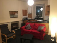 2 bedroom furnished flat in Dalry