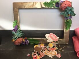 Selfie frame with props