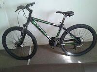 Trek mountin bike three series 3500