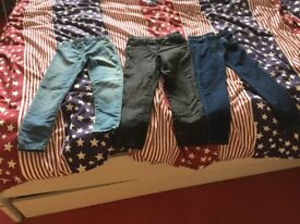 X3 pairs of trousers 5-6 years