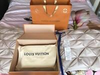 Louis Vuitton Pochette Metis Handbag GENUINE ..with Box Bag And Receipt SOLD OUT!!