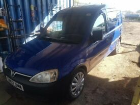 vauxhall combo in very good condition inside and out with AC