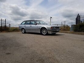 BMW E34 525i Touring Manual 5 series