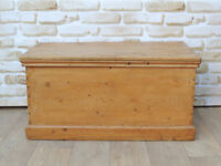 Antique Wooden Trunk / Storage Box (Delivery)