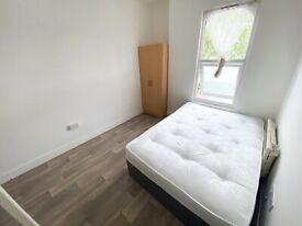 Double room with own bathroom in Thornton Heath. ALL BILL INCLUDED except elec. FULLY FURNISHED.